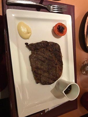 Lexington Grill at Waldorf Astoria Ras Al Khaimah Picture