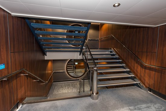 Hallways, Stairways and More on Norwegian Escape