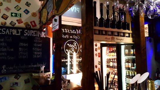 Maestro Cafe & Pub