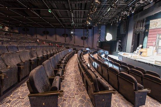 Escape Theater on Norwegian Escape