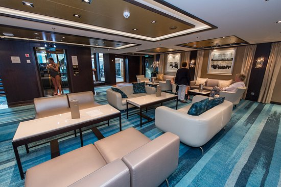 Norwegian Escape: The Haven Lounge on Norwegian Escape
