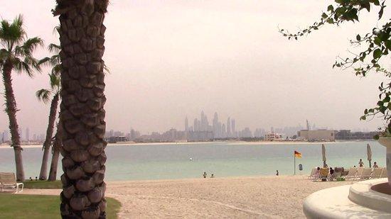 Palm Jumeirah: immensa e con tante attrazioni