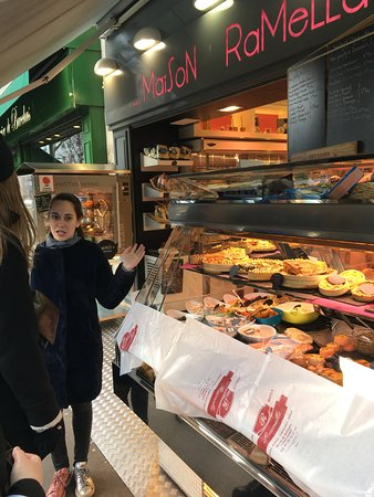 March '18: Tour #1: Marais. Lizzie explaining all of the wonderful things outside Maison Ramella charcuterie/traiteur