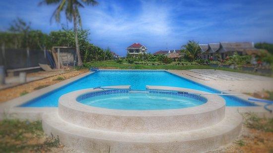 Visayas, Philippines: new pool at Calicoan villa complex