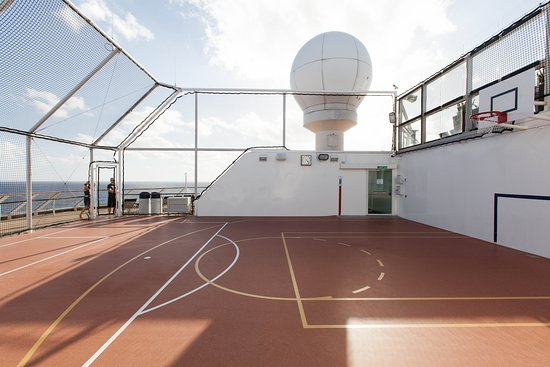 Basketball Court on Celebrity Silhouette