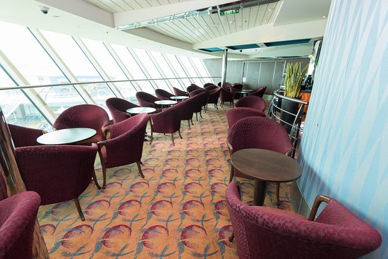 Diamond Club on Serenade of the Seas
