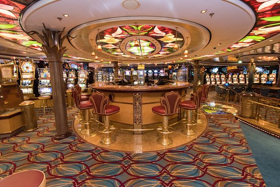 Casino Royale on Serenade of the Seas