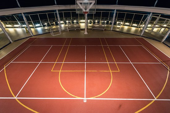 Sports Court on Serenade of the Seas