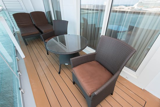 The Grand Oceanview Suite on Serenade of the Seas