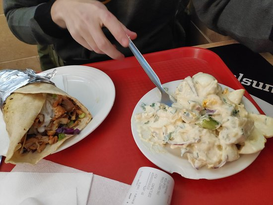 Salade Kebab Wrap Picture Of Istanbul Kebab Grill Turkish Restaurant Budapest Tripadvisor