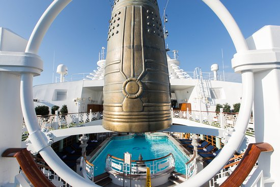 The Spa Pool on Caribbean Princess