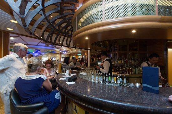 Crooners Lounge & Bar on Caribbean Princess