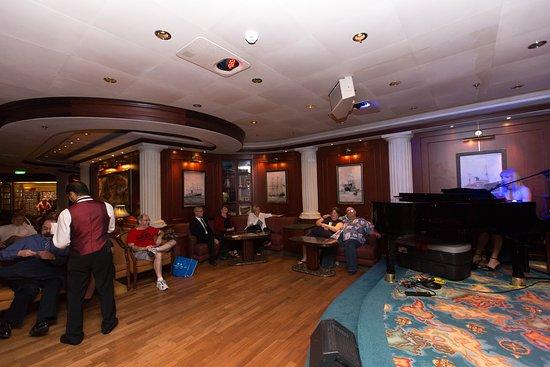 Wheelhouse Bar on Caribbean Princess