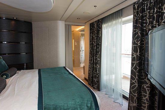 The Haven Deluxe Owners Suite on Norwegian Breakaway