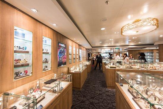 Norwegian Breakaway: The Jewel Box on Norwegian Breakaway