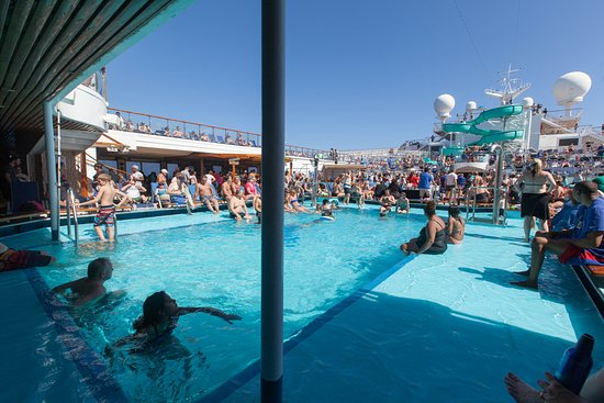 The Pool on Carnival Conquest