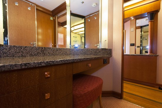 The Ocean Suite on Carnival Conquest