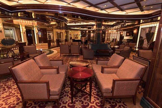 Wheelhouse Bar on Royal Princess
