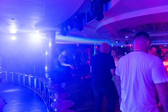 Limelight Lounge on Carnival Horizon