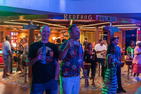 80s Rock and Glow Party on Carnival Horizon