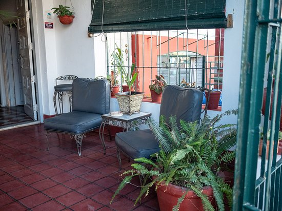 El Malecon: Hostal Villa Romero, Calle 5ta n. 457 entre Paseo y A, El Vedado, La Habana, Cuba