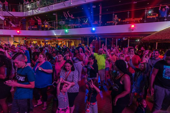 Mega Deck Party on Carnival Horizon