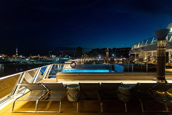 Infinity Pool on Viking Orion