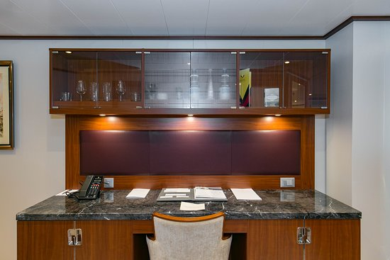 The Penthouse Spa Suite on Seabourn Ovation