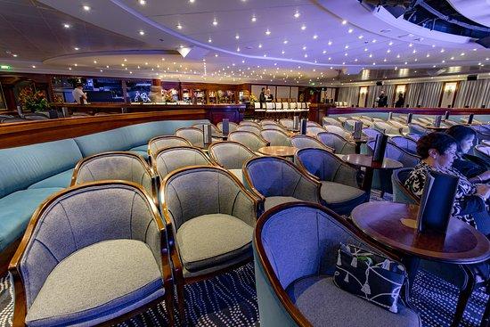 Cabaret Lounge on Azamara Pursuit