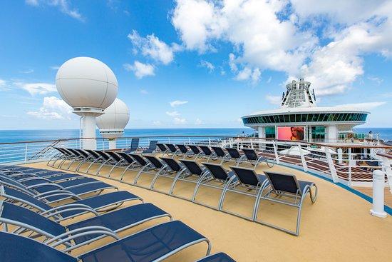 Sun Decks on Mariner of the Seas