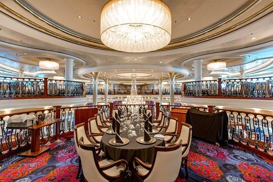 Main Dining Room on Mariner of the Seas