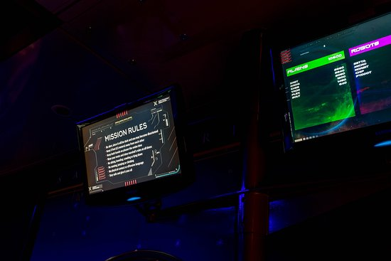 """""""Battle for Planet Z"""" Laser Tag on Independence of the Seas"""