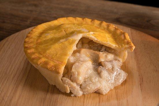 The London Pie: chicken and mushroom