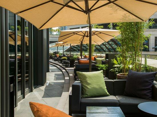 Café Gray Deluxe terrace day