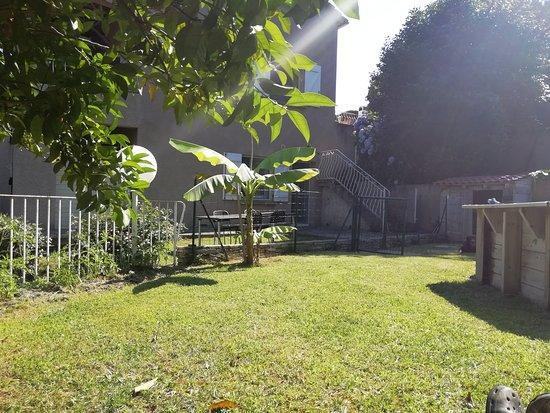 Folelli, Frankreich: jardin