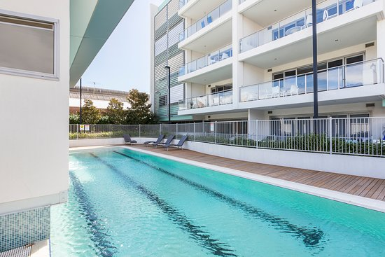 Pool - Picture of Gallery Serviced Apartments, Fremantle - Tripadvisor