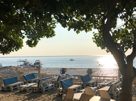 Soverato Marina, Olaszország: Blue Marine Beach club and rental boat Soverato