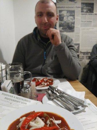 Pivovarsky dum: Saucisse et sauce du menu bière N°2