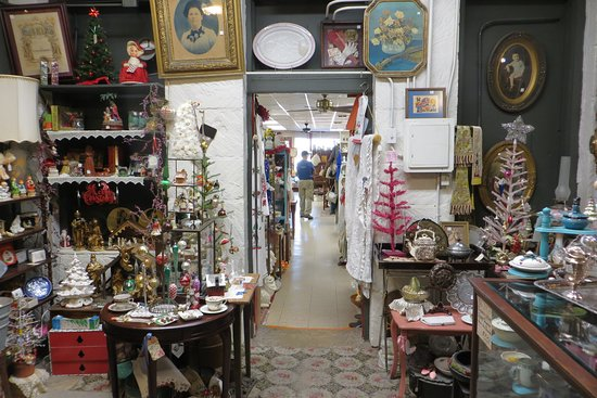 Hill Country Antiques