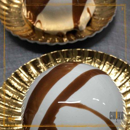 Bar Chuka : Al latte e cioccolato con biscuit croccante 🍮🖤