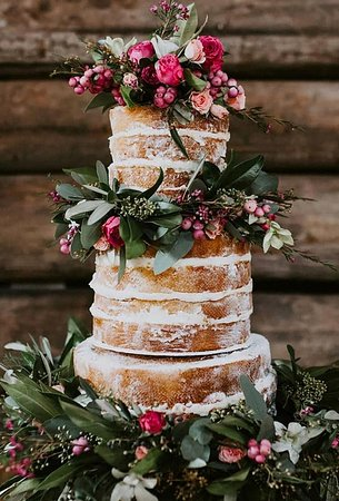 Weddington, NC: Spring wedding cakes, like spring itself, should symbolize the beginning of a new life. Therefore, when ordering the most important sweet dish, you should think carefully about its design. See more on Wedding Forward blog.