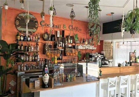 IDO Sushi Bar: Barra