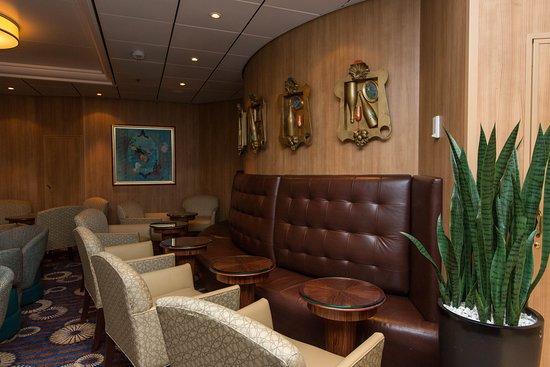 Diamond Club on Vision of the Seas