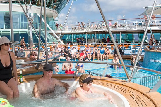 Men's Belly Flop Contest at the Main Pool on Vision of the Seas