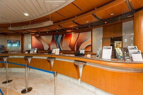 Shore Excursions Desk on Vision of the Seas