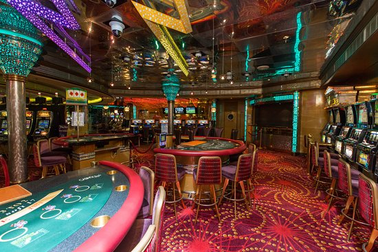 Casino Royale on Vision of the Seas