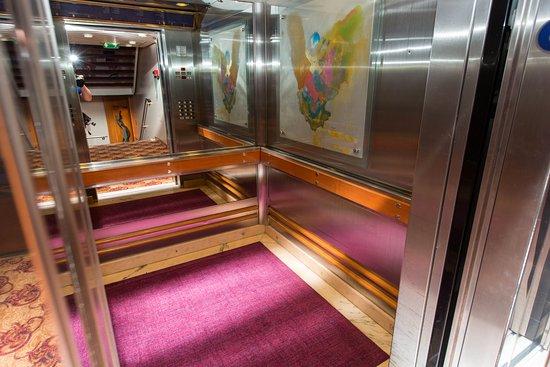 Elevators on Vision of the Seas