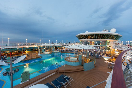 Exterior on Vision of the Seas