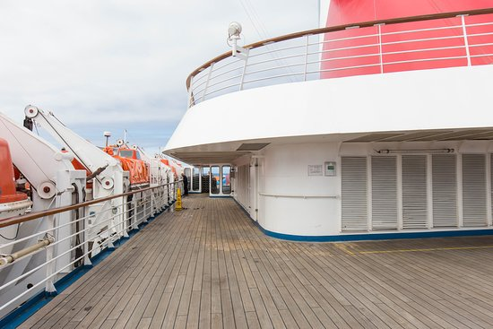 The Lido Deck on Carnival Inspiration