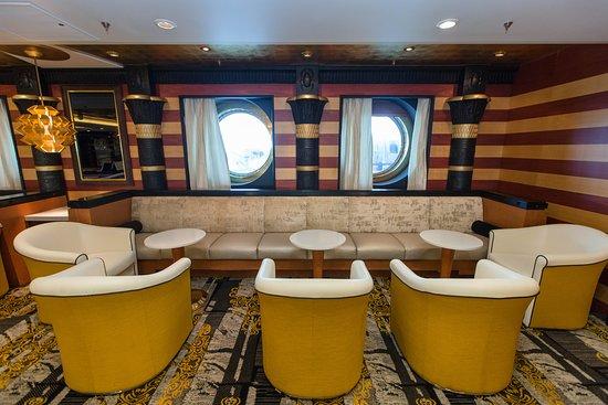 Star Lounge on Liberty of the Seas